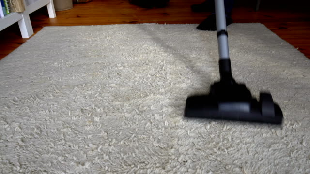 vacuum cleaner - vacuum cleaner stock videos & royalty-free footage