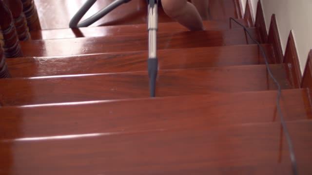vacuum cleaner - vacuum cleaner stock videos & royalty-free footage