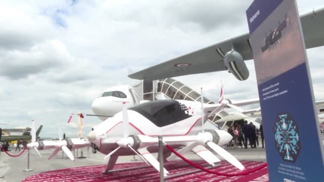 the two main aircraft manufacturers in the world present their projects for flying taxis or vertical take off and landing at le bourget - vertical stock videos & royalty-free footage