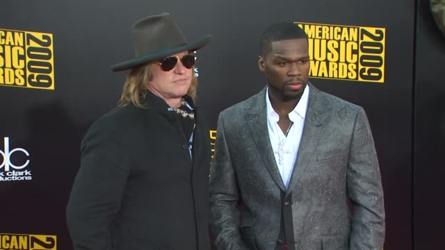 Val Kilmer 50 Cent at the 2009 American Music Awards Arrivals at Los Angeles CA