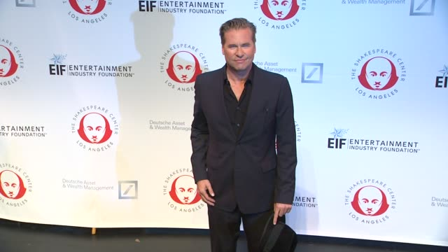 val kilmer at 23rd annual simply shakespeare val kilmer at 23rd annual simply shakespeare at the broad stage on september 25, 2013 in santa monica,... - val kilmer stock videos & royalty-free footage
