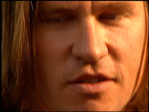val kilmer at the 'eyes wide shut' premiere at the mann village theatre in westwood, california on july 13, 1999. - val kilmer stock videos & royalty-free footage