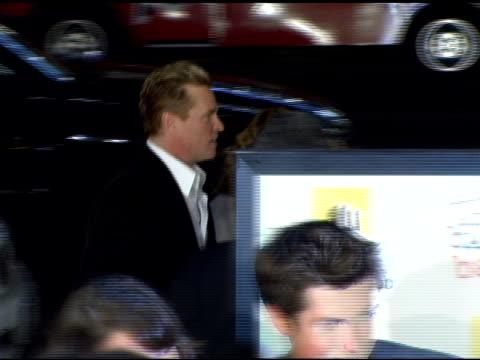 val kilmer at the 'kiss kiss, bang bang' los angeles premiere at grauman's chinese theatre in hollywood, california on october 18, 2005. - val kilmer stock videos & royalty-free footage