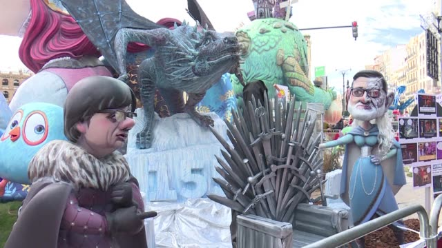 valencia celebrates the last day of the fallas festival where big satirical sculptures placed all over town will be burnt to celebrate the beginning... - satira video stock e b–roll