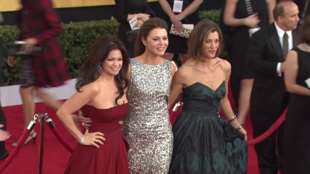 valerie bertinelli, jane leeves, wendie malick at the 17th annual screen actors guild awards - arrivals part 2 at los angeles ca. - wendie malick stock videos & royalty-free footage