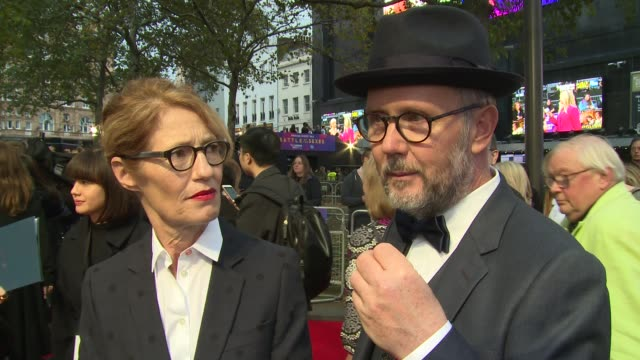 valerie faris jonathan dayton on filming techniques cocaching the cast at tennis and equality at odeon leicester square on october 07 2017 in london... - battle of the sexes concept stock videos and b-roll footage