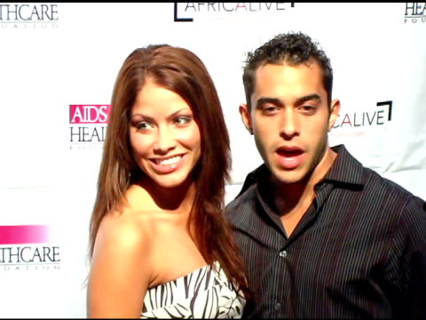 vidéos et rushes de valery m ortiz and guest at the the aids healthcare foundation presentation of 'hot in hollywood' at the henry fonda/music box theatre in hollywood,... - henry fonda theatre