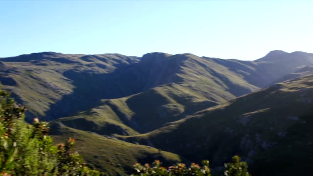 ws pan valley and  blue sky / mont rochelle nature reserve/ franschhoek/ western cape/ south africa - franschhoek stock videos and b-roll footage