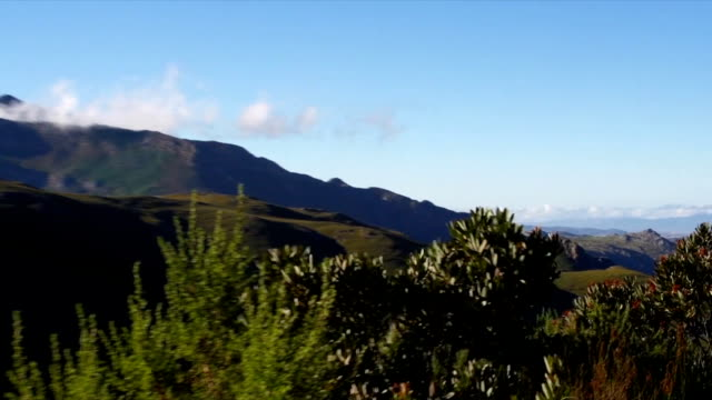 ws pan zi valley and  blue sky / mont rochelle nature reserve/ franschhoek/ western cape/ south africa - franschhoek stock videos and b-roll footage