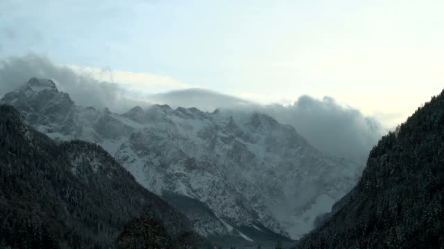 valley covered in snow - peter snow stock videos & royalty-free footage