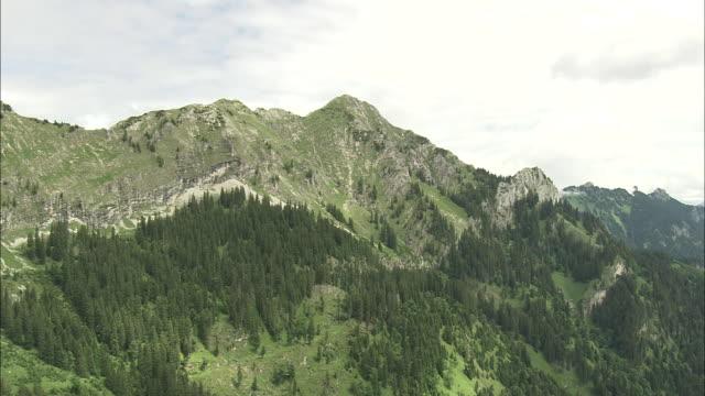 valley in bavarian alps - bavarian alps点の映像素材/bロール
