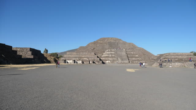 Valley of Mexico, Teotihuacan -Plaza de la luna – the moon square, Teotihuacan archeological site.