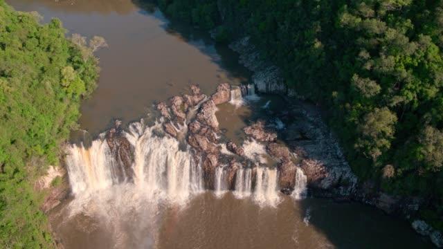 vídeos de stock, filmes e b-roll de cachoeira do vale - vale