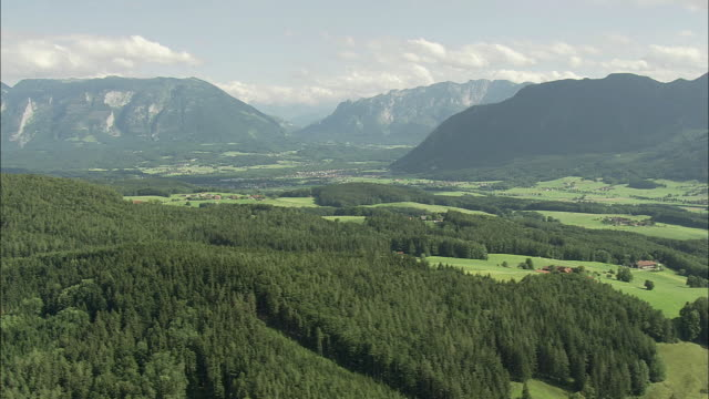 aerial valley with alps in background, salzburg, austria - österreich stock-videos und b-roll-filmmaterial
