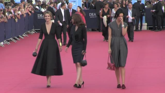 valérie donzelli , vincent lacoste, laurence arné, géraldine maillet on the red carpet of the 2013 deauville film festival deauville, france 30th... - 2013 stock videos & royalty-free footage