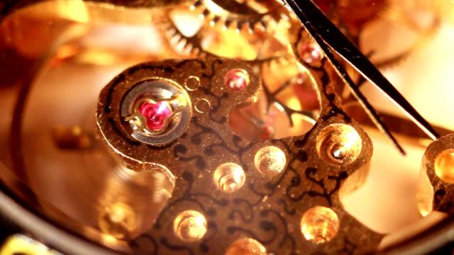 Prezioso orologio d'oro