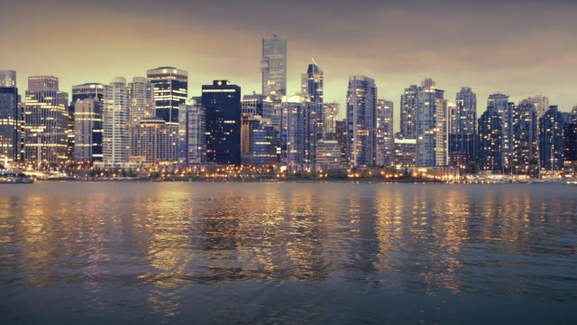 WS Vancouver skyline at dusk, British Colombia, Canada