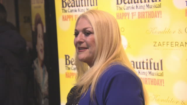 stockvideo's en b-roll-footage met vanessa feltz at beautiful-the carole king musical's birthday celebrations at aldwych theatre on february 23, 2016 in london, england. - vanessa feltz
