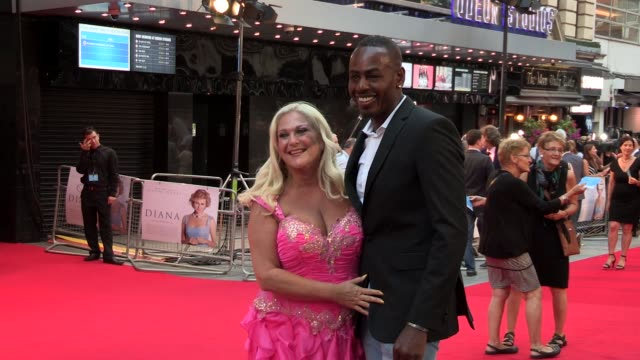 stockvideo's en b-roll-footage met vanessa feltz at the 'diana' world premiere at odeon leicester square on september 05, 2013 in london, england - vanessa feltz
