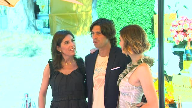 vanessa kay, nacho figueras, delfina blaquier at fourth annual veuve clicquot polo classic los angeles benefiting will rogers state historic park on... - fourth occurrence stock videos & royalty-free footage