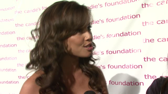 Vanessa Minnillo on being honored tonight and being part of a cause that really brings awareness to young women and the issues they have to deal with...