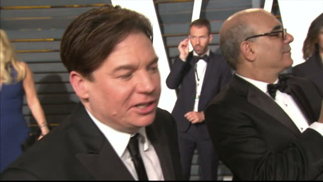 vanity fair oscars party arrivals at the wallis annenberg center for the performing arts in beverly hills exterior interview actor mike myers on... - mike myers actor stock videos & royalty-free footage