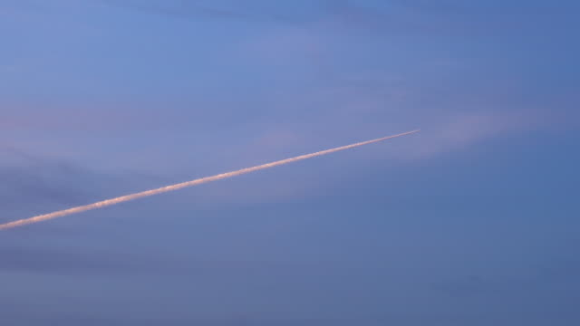 vapor trail in the sky - vapour trail stock videos & royalty-free footage