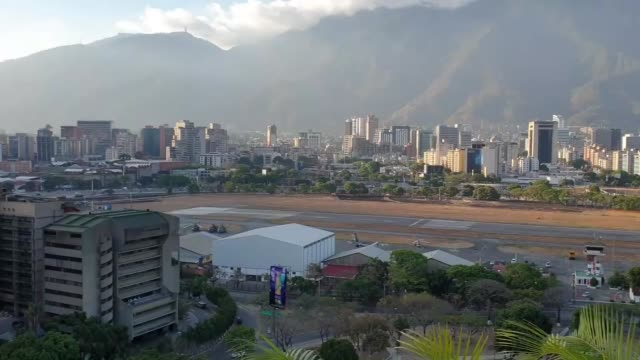 various aerial shots from the caracas after the coup attempt in venezuela on may 03, 2019. venezuela has been rocked by protests since jan. 10, when... - caracas stock videos & royalty-free footage