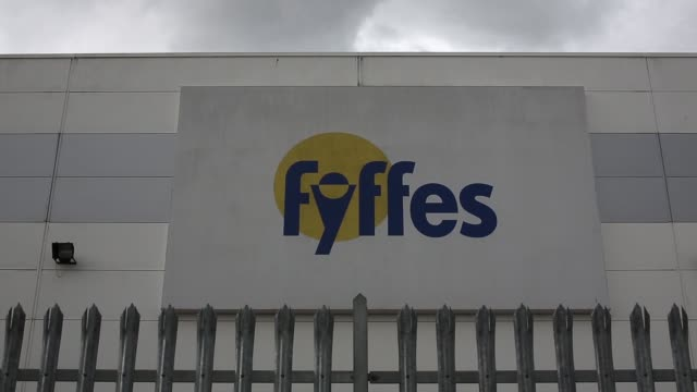 various exterior general views fyffes plcs banana ripening and fruit distribution plant in coventry, uk, on thursday, aug 21, 2014 - banana stock videos & royalty-free footage