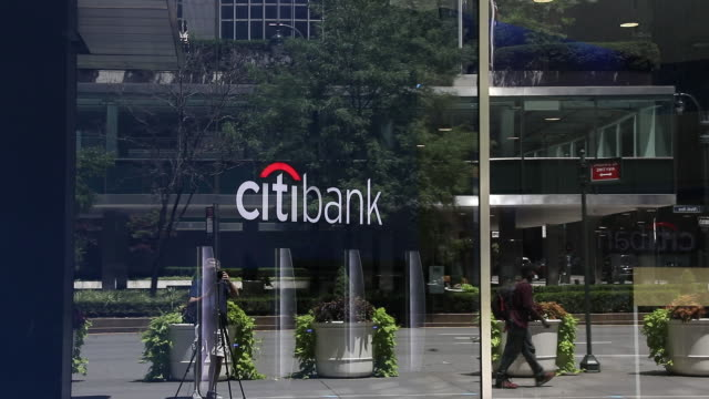 various exterior shots of jp morgan chase bank, citibank and wells fargo bank in new york city, new york state, u.s. on sunday, july 12, 2020. - 禁煙マーク点の映像素材/bロール