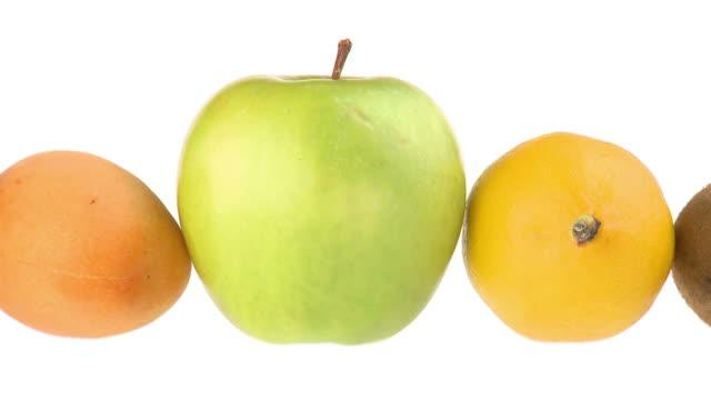 hd loop :さまざまなフルーツ - 数個の物点の映像素材/bロール