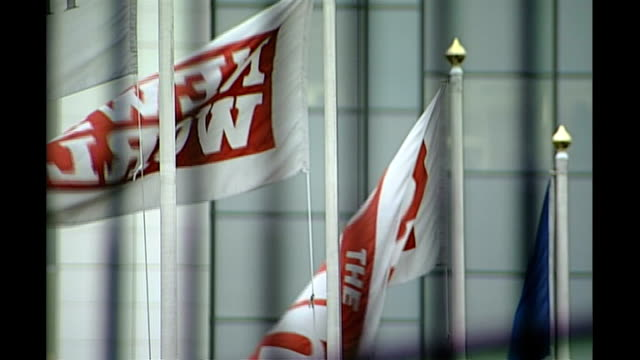 various of news of the world flags and sign on hq, advertisement - news of the world stock-videos und b-roll-filmmaterial
