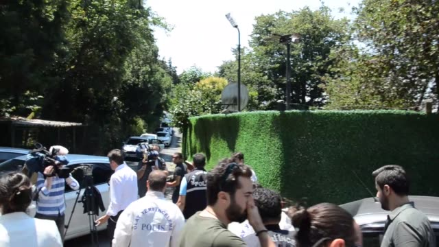 various shots from outside of adnan oktar's residence in istanbul on july 11, 2018. istanbul police arrested controversial televangelist adnan oktar,... - istanbul province stock videos & royalty-free footage