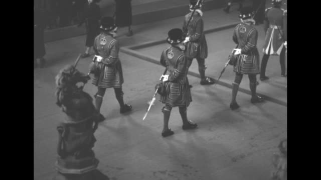 various shots of changing of the honor guard inside westminster hall where king george vi lies in state / note exact day not known - 1952 stock videos and b-roll footage
