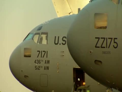 vidéos et rushes de various shots of foreign military aircrafts stationed in mali. - royal air force
