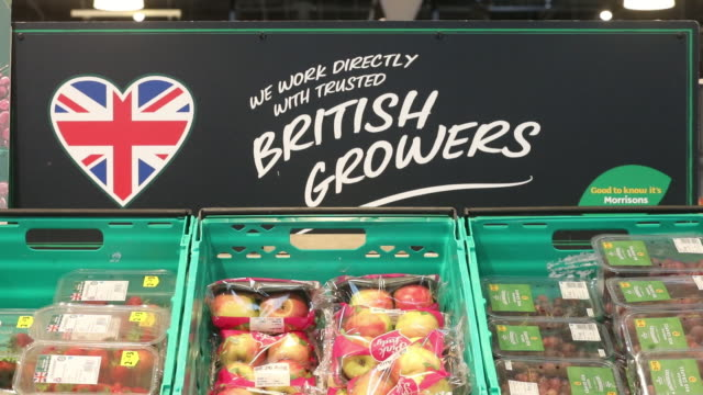 various shots of morrisons supermarket in st. ives, cambridgeshire, uk, on wednesday, august 19, 2020. - vegetable stock videos & royalty-free footage