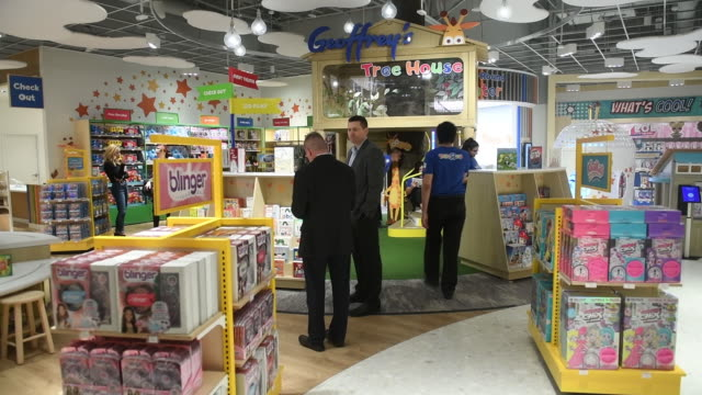 various shots of new toys 'r' us store ahead of its opening, paramus, new jersey, u.s., on tuesday, nov 26, 2019. - toys r us stock videos & royalty-free footage