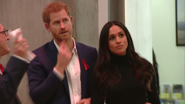 various shots of prince harry and meghan markle arriving at the nottingham contemporary to attend a terrence higgins trust world aids day charity... - harry meghan stock videos & royalty-free footage