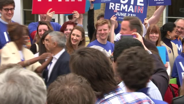 vídeos de stock, filmes e b-roll de various shots of sadiq khan and david cameron at a vote remain campaign rally nnbu312x - continuidade