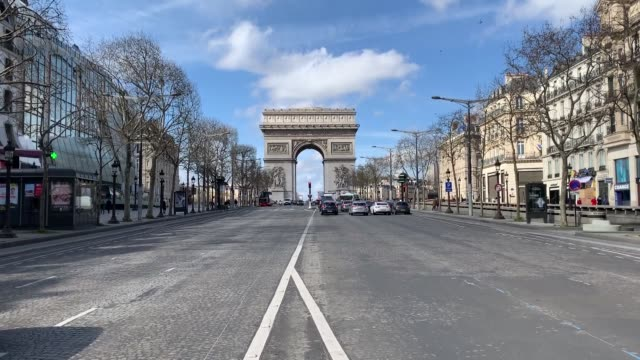 various shots of the closed shops on the champs elysees as part of measures to contain the spread of the new coronavirus on march 15, 2020 in paris,... - avenue des champs elysees stock videos & royalty-free footage