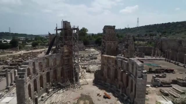 various shots of the ruins of ancient city of perge in the turkish mediterranean resort city of antalya on july 31 2018 the archaeological site of... - unesco stock videos & royalty-free footage