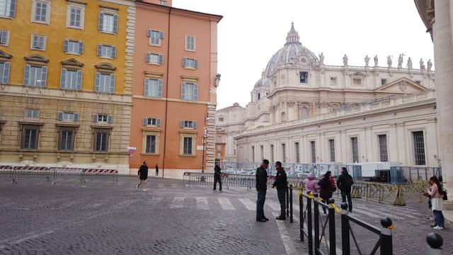 vatican columns and st. peter's basilica - st peter's square stock videos & royalty-free footage