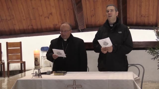 vatican envoys charles scicluna and jordi bertomeu visit a parish and meet with monks and nuns on the third day of their trip to the southern chilean... - cattolicesimo video stock e b–roll