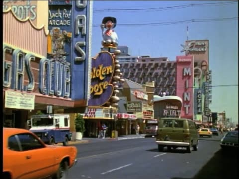 vegas 1970s style with great color establishing content day shots - las vegas stock videos & royalty-free footage