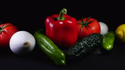Vegetables and vegetables healthy and health for the body, colors red, green, lemon, peppers, tomatoes and cucumber.