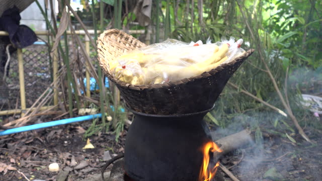 vegetables are cooked in the pan - bamboo shoot stock videos & royalty-free footage