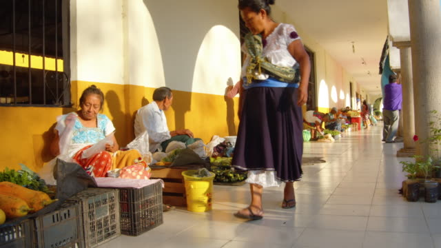 vegetables street market at valladolid, mexico - newly industrialized country stock videos & royalty-free footage