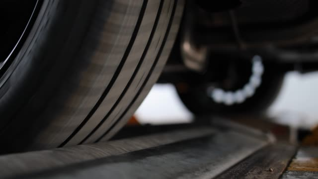 vehicle inspection, brake test - tyre stock videos & royalty-free footage