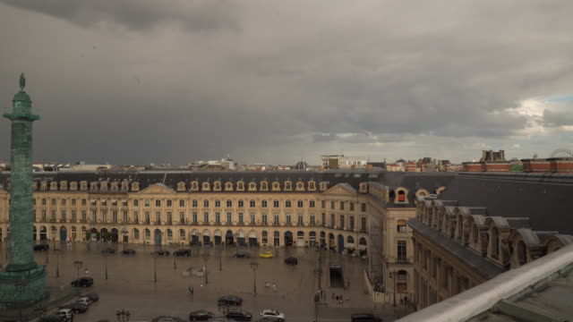 stockvideo's en b-roll-footage met vendome pan fe - colonne vendome