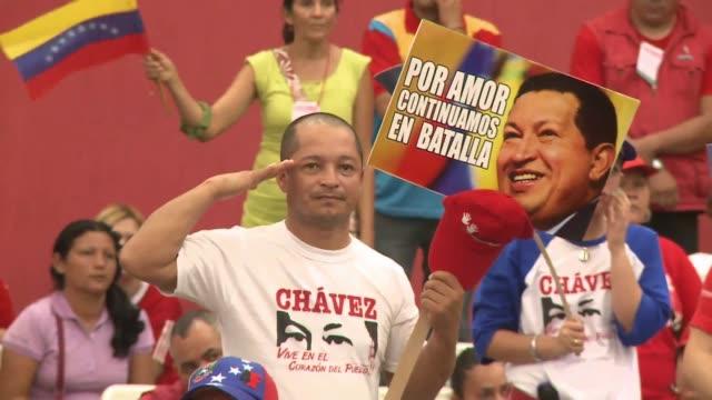 venezuela celebra el 14 de abril las primeras presidenciales de la era post chavez que enfrentan a su heredero nicolas maduro y el opositor henrique... - maduro stock videos & royalty-free footage